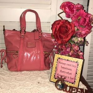 Adorable Coach pink poppy patent leather tote